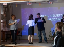 Angol és német vers-és prózamondó verseny