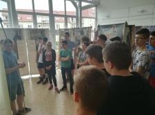 Anne Frank kiállítás (8.d)