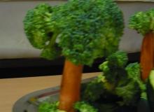 Zöldség-gyümölcsszobor kiállítás