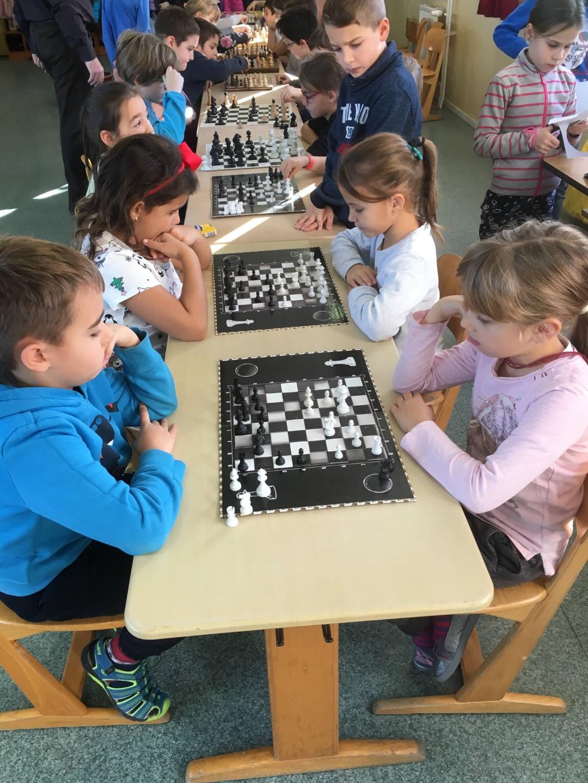 Az első Mikulás sakk kupa ApraJAfalván